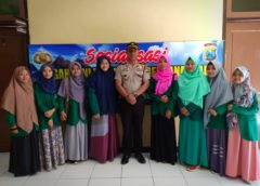 Mahasiswi BPI IDIA Prenduan dan Kepolisian Sektor (Polsek) Prenduan Melakukan Penghijauan